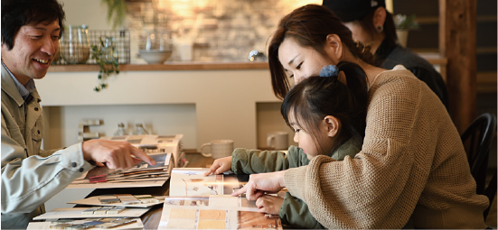浜松市の工務店エコーアートの詳細打合せ写真
