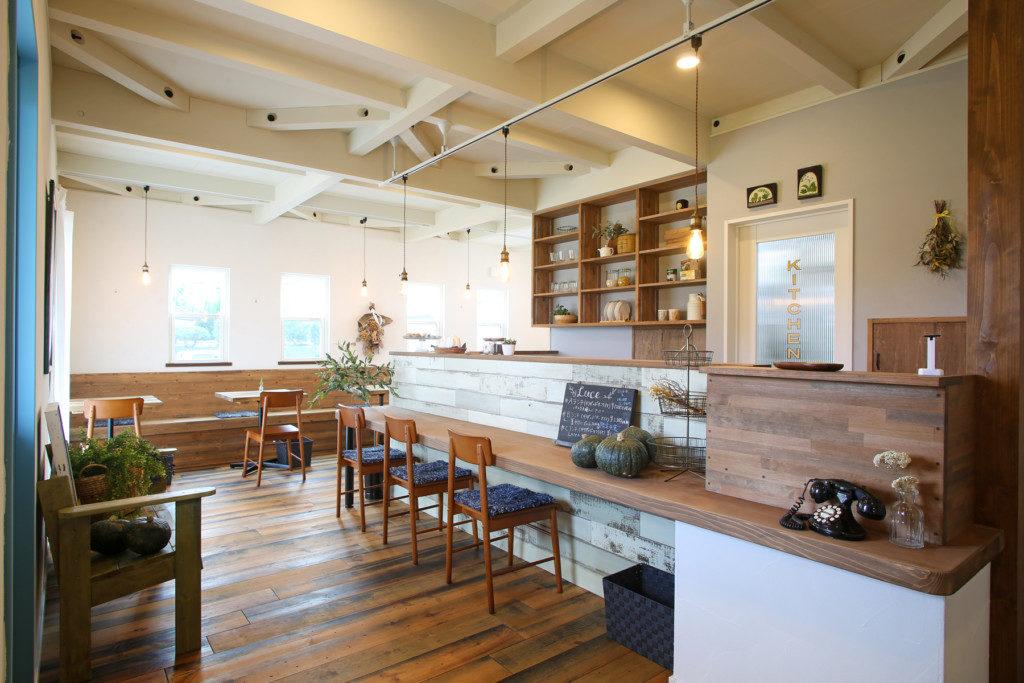 浜松市西区に建つイタリアンレストラン Kitchen Luceのカウンター席写真