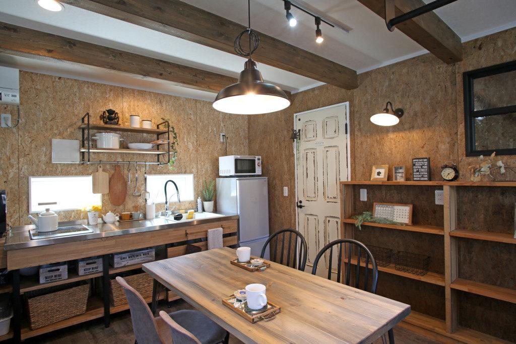 浜松市でオンライン家づくり相談会を開催するエコーアートの打ち合わせスペース写真