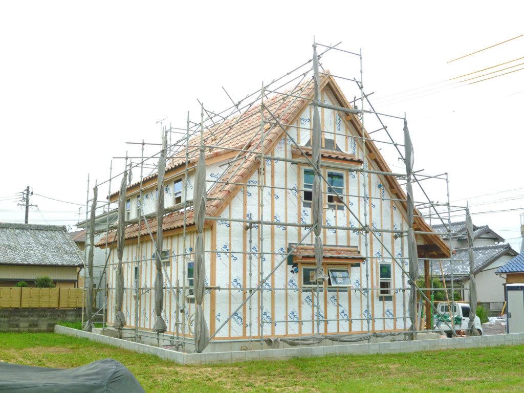 浜松市で輸入住宅はエコーアートが施工した工事中の写真