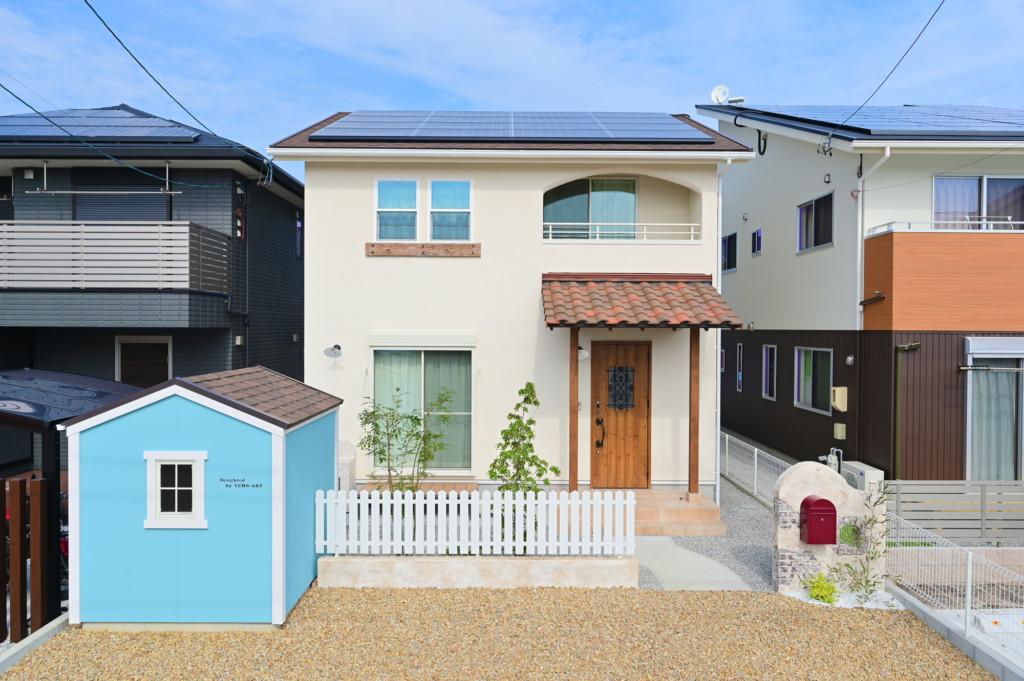 浜松市の注文住宅会社のエコーアートのフレンチスタイルの外観写真