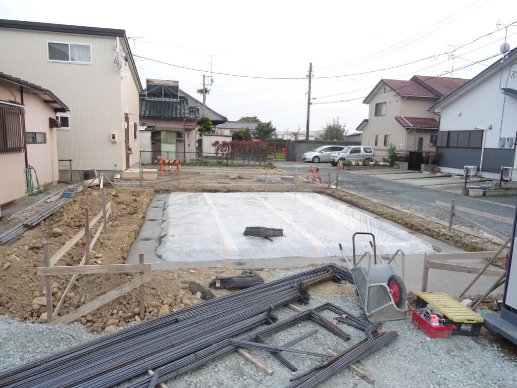 浜松市の注文住宅会社のエコーアートが行う基礎工事写真