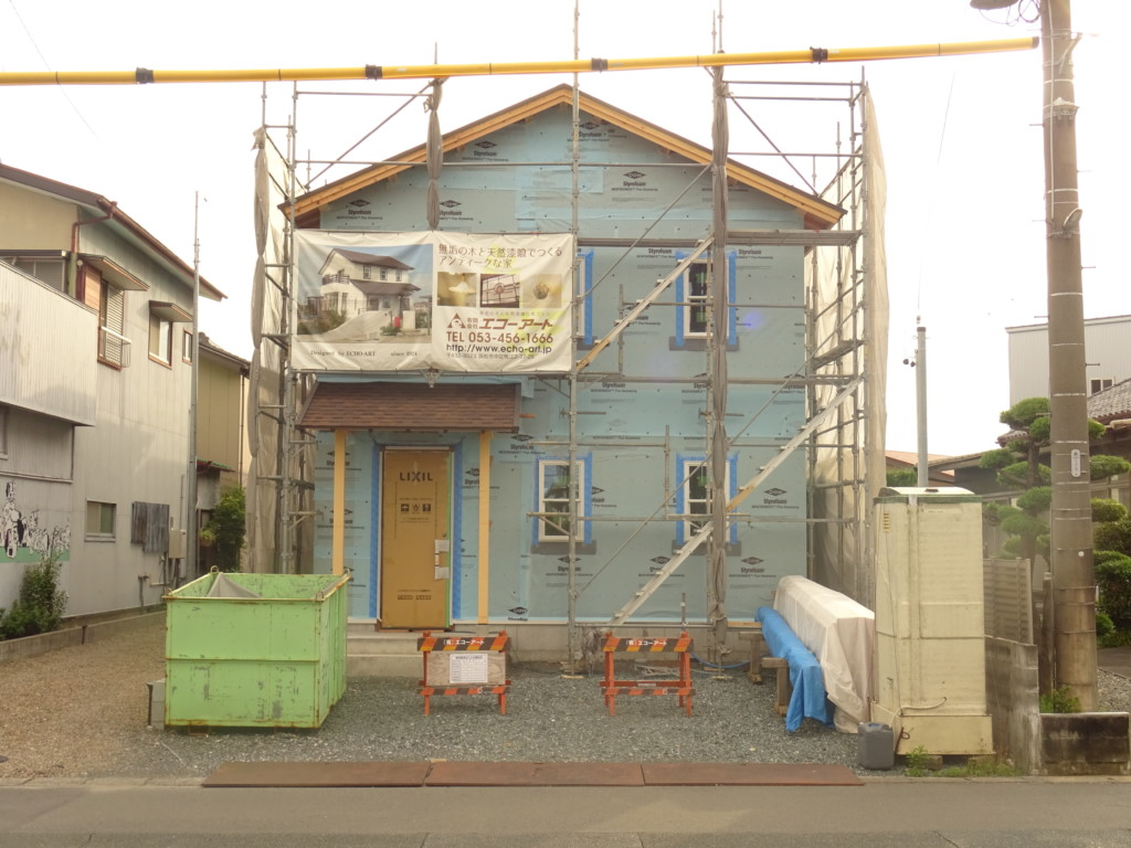 浜松市の注文住宅会社のエコーアートが行う透湿防水シート施工写真