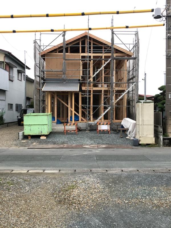 浜松市の注文住宅会社のエコーアートが施工した上棟写真