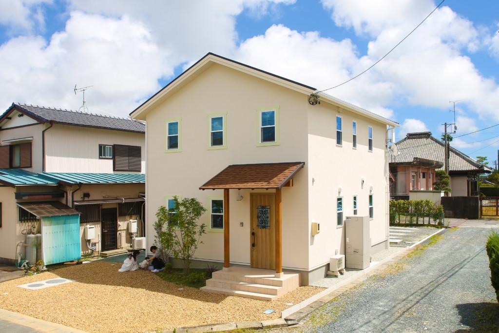 浜松市の注文住宅会社のエコーアートが行う完成見学会会場の外観写真