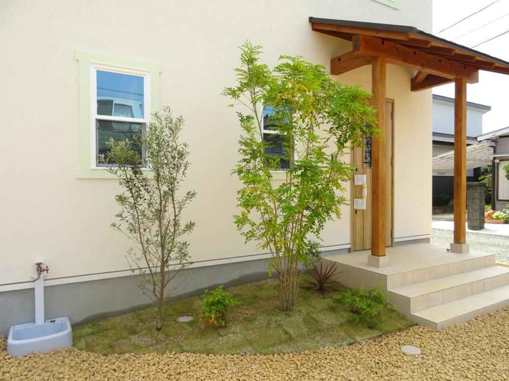 浜松市の注文住宅会社のエコーアートが施工した植栽工事写真