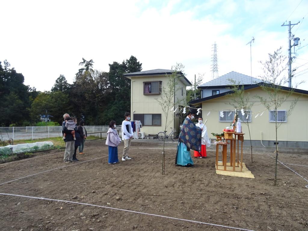 浜松市の注文住宅会社のエコーアートが行う地鎮祭の風景の写真