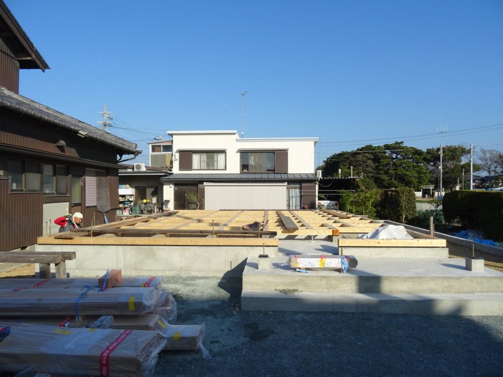 浜松市の注文住宅会社のエコーアートが行った土台敷完了写真