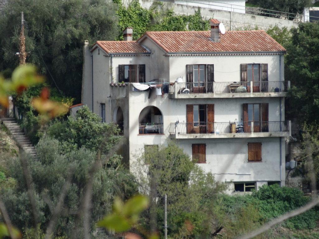 フランスに行った際に撮った住宅写真