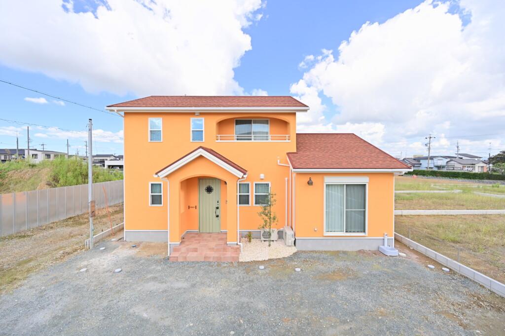 浜松市でアマルフィースタイルの家を建てるなら工務店のエコーアート